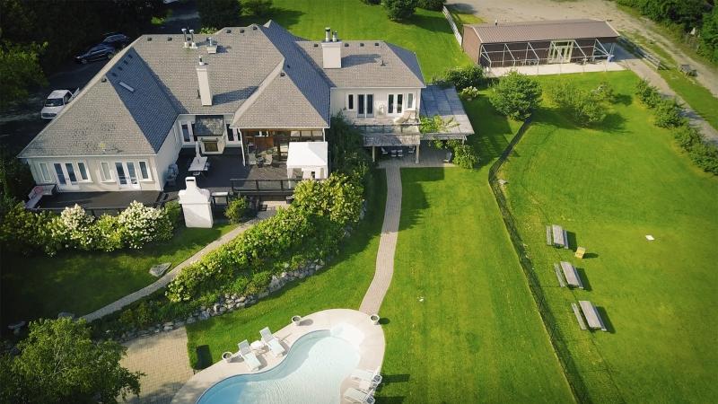 Продается коммеречская недвижимость в Канаде.